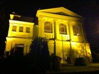 logenhaus-bei-nacht